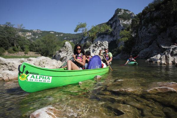 Les Gorges de l'Ardèche en CANOË-KAYAK, Alpha Bateaux