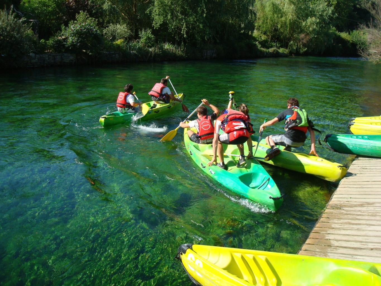 Accueil de groupes en canoe sur la Sorgue 84